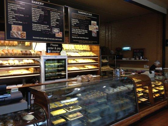 Warragul Hot Bake: Good range of products