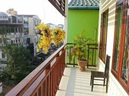 Mixay Paradise: Balcony