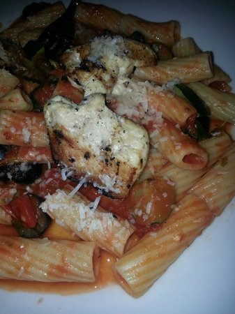 Soma Restaurante: Penne and chicken