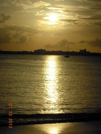 Atrium Beach Resort and Spa: Sunset