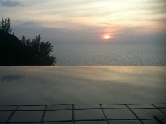 Ayara Kamala Resort & Spa: Sunset
