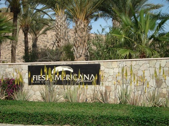Grand Fiesta Americana Los Cabos All Inclusive Golf & Spa: Entrada al hotel