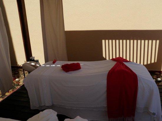 Grand Fiesta Americana Los Cabos All Inclusive Golf & Spa: Mesa de masaje en el SPA