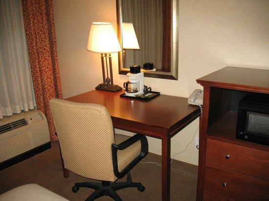 Holiday Inn Pigeon Forge : Work Desk