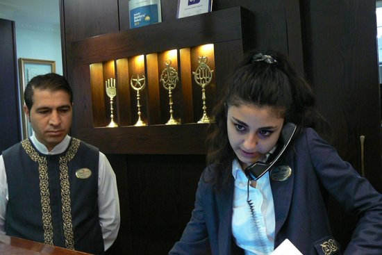 Ottoman Hotel Imperial : Reception desk with Mehmet and Delara (right)