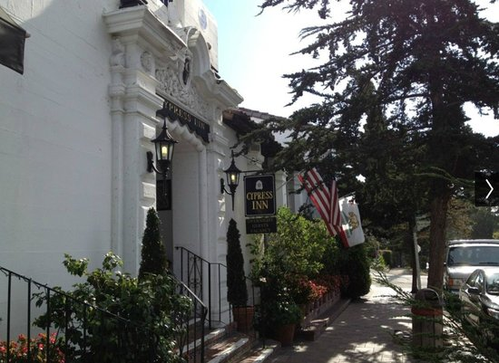 Cypress Inn : Front Entrance