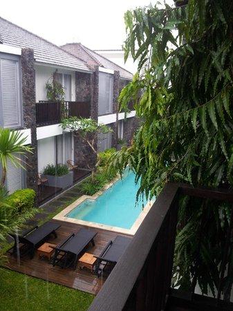 Astana Kunti: The pool from my balcony
