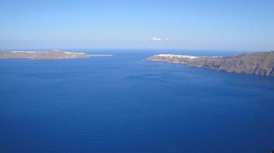 Santorini Sailing Center: Απέραντο γαλάζιο!