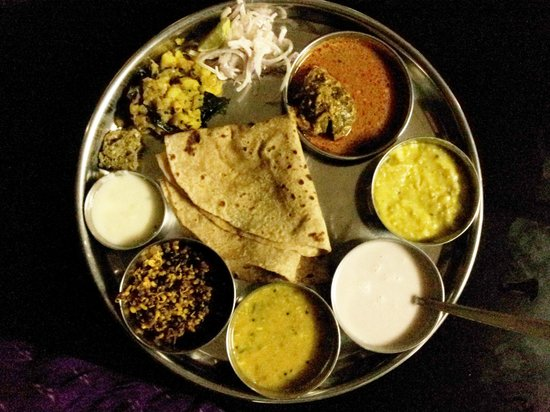 Best Lunch On The Way To Kolhapur Review Of Manas Satara India Tripadvisor