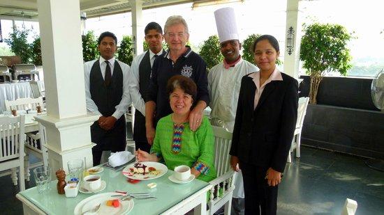 Escape Hotel & Spa: le personnel du restaurant est venu souhaiter l'anniversaire de mon épouse