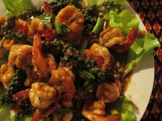 Reaksmey Krong Kep Guesthouse: Delicious Prawns and Kampot fresh green peppers