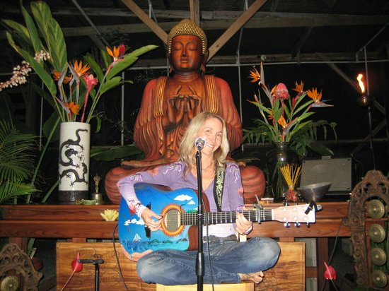 The Sacred Garden of Maliko: Blessed to sing in the greenhouse!