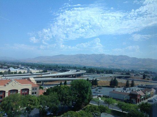 Crowne Plaza San Jose - Silicon Valley: 部屋からの眺め