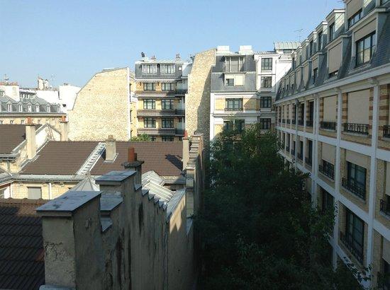 Citadines Saint-Germain-des-Pres Paris: View west from our room of hotel's southside