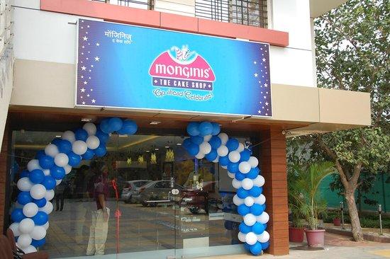 Monginis Cake Shop Pune Maharashtra
