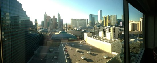 MGM Grand Hotel and Casino: View of The Strip from the room