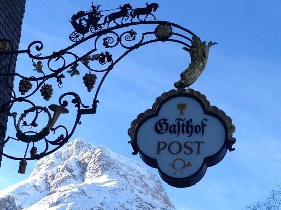 Gasthof Post Hotel: que la montagne est belle...