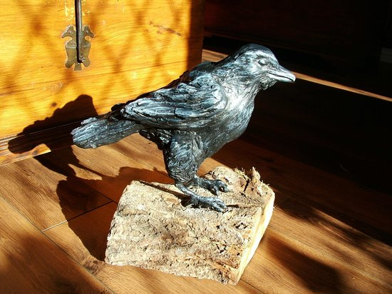 Llandeilo Pottery and Art Studio: Crow