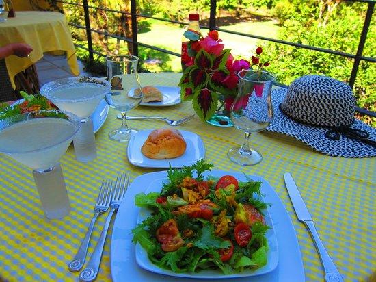 Villa Azalea - Luxury B&B: Lunch that we helped pick from the garden