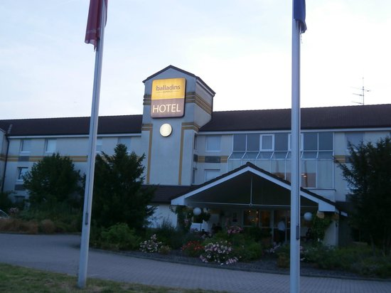 BEST WESTERN Hotel Bremen East: Вид на отель