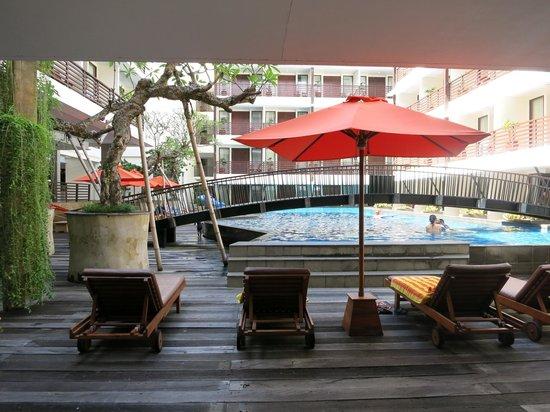 Sun Island Hotel Kuta: view from reception