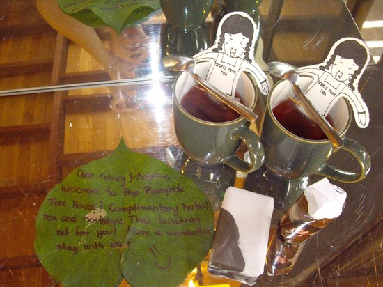 Bangkok Tree House: Welcome tea in our room