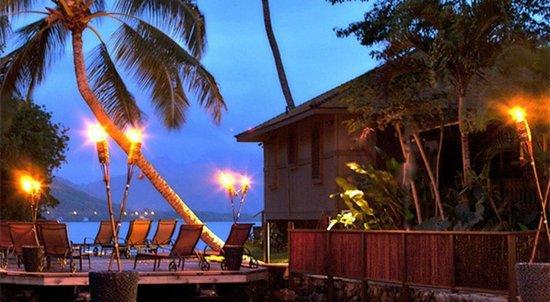 Paradise Bay Resort Hawaii : Tropical Getaway