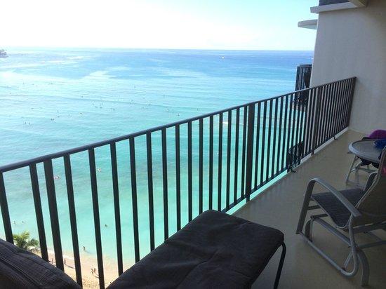 Outrigger Waikiki Beach Resort : Lanai