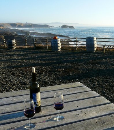 Pacific Star Winery: Our picnic table and view