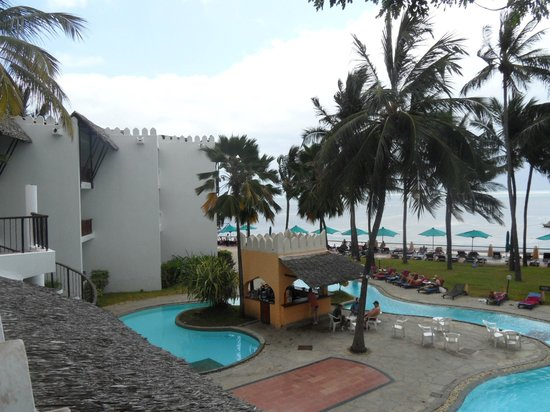 Bamburi Beach Hotel : uitzicht kamer 207