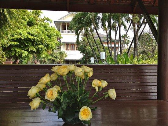 Chakrabongse Villas : Balcony