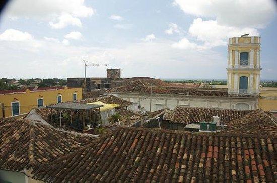 Hostal Casa José y Fátima: View from the upstairs patio