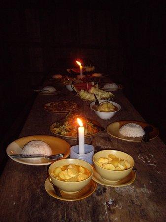 Lisu Lodge: Lee's amazing dinner