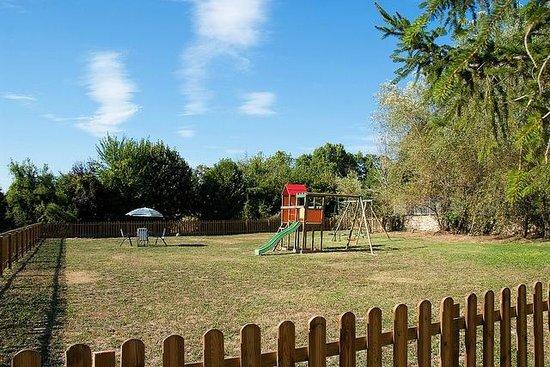 Moulin de Pattus: Playground