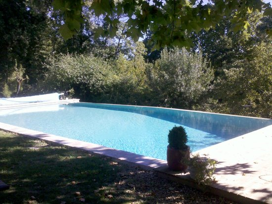 Moulin de Pattus: Shared heated fenced pool