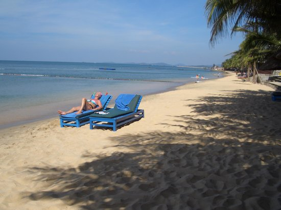 Sasco Blue Lagoon Resort: Beach