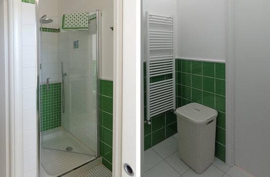 LillyBi: antibagno con doccia e lavatrice Quadrilocale Rosmarino