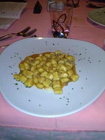 Ambiez Suite Hotel: gnocchetti di polenta al ragù di capriolo