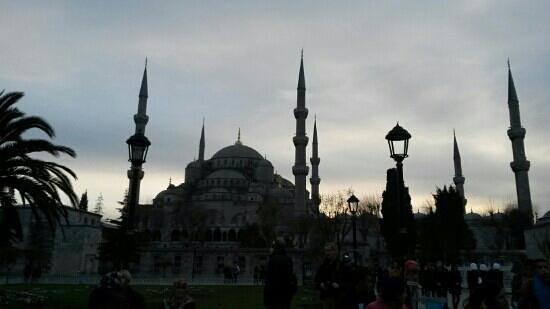Blue Mosque: Sultanahmet