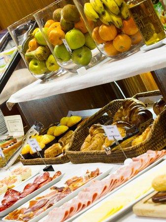 Hotel  Oca Ipanema: Desayuno