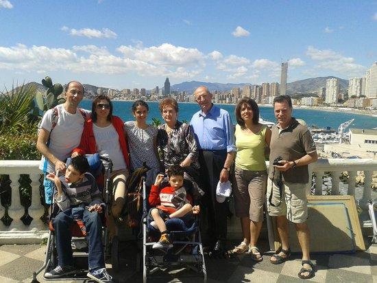 Hotel Helios Benidorm: Familia Zueco