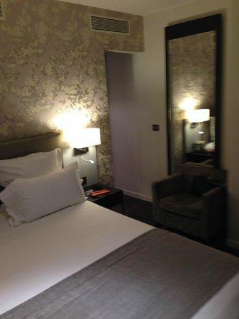 Hotel Timhotel Opera Grands Magasins: Accesso allo spogliatoio/armadio
