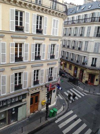 Hotel Timhotel Opera Grands Magasins: Vista dalla Camera su Rue La Bruyere