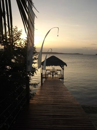 The Havannah, Vanuatu: Dinner on the jetty