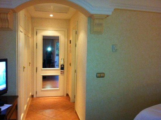 Barcelo Corralejo Bay : Full length mirror in room very useful