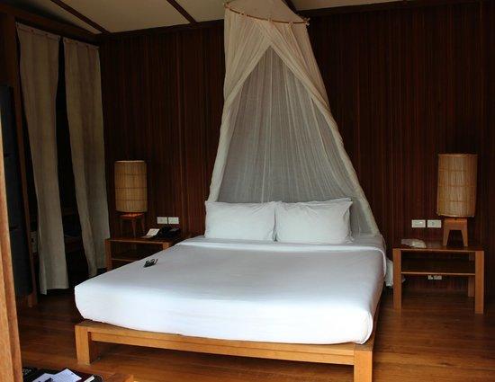 Haadtien Beach Resort : Chambre
