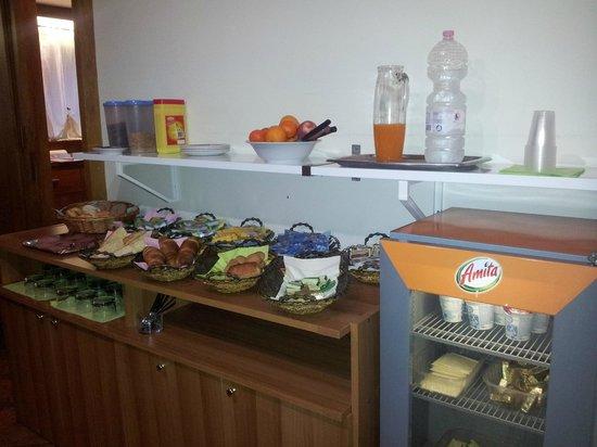 Hotel Centro : le petit-déjeuner buffet