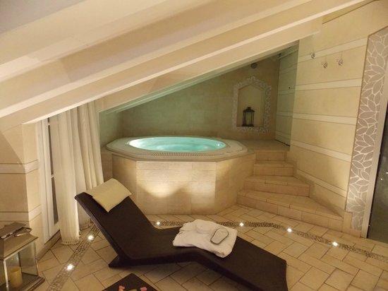 Victoria Hotel : spa