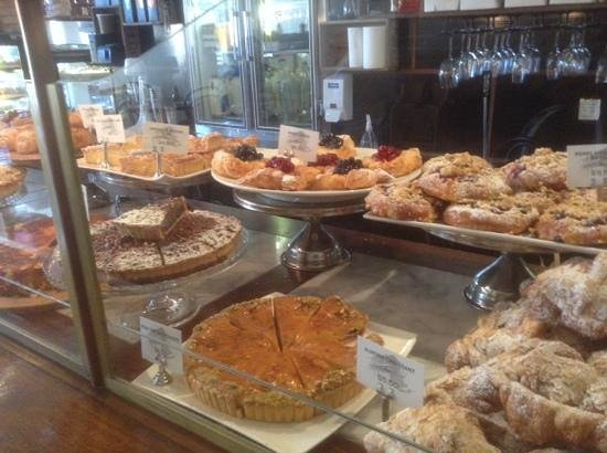 Daci and Daci Bakers: and sweets