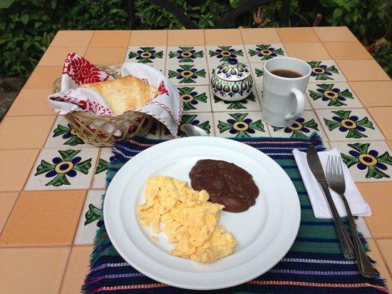 La Villa Serena: 朝食